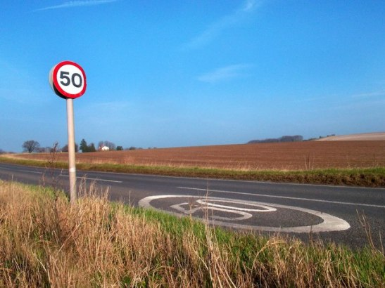 50 MPH by Des Blenkinsopp.  Creative Commons.