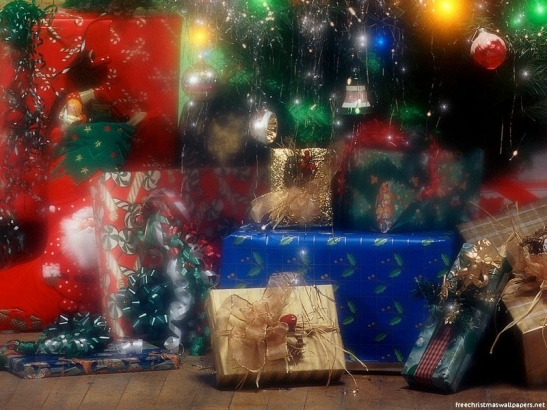 Christmas-Gifts-under-the-tree