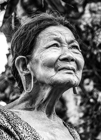 vietnamese-woman-elderly